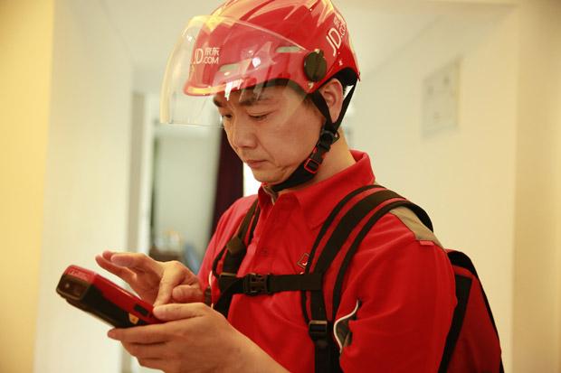 刘强东创业初衷只是挣钱给外婆治病 如何从独狼到中国合伙人
